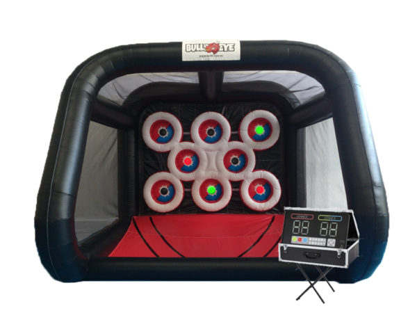 interactive, interaktivt spel, uppblåsbar prickskytte, darttavla, prickskytte, hyra hoppborg, kick-off, after work, aw, barnkalas, firmafest